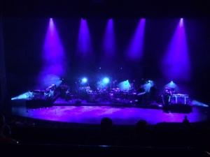 katebush_stage_before