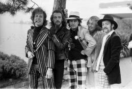Jethro Tull      photo @Barry Wentzell