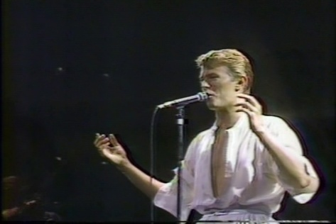 BowieDavid_Live4_72dpi