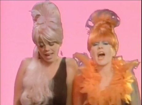 B52s_Video_Girls_300dpi